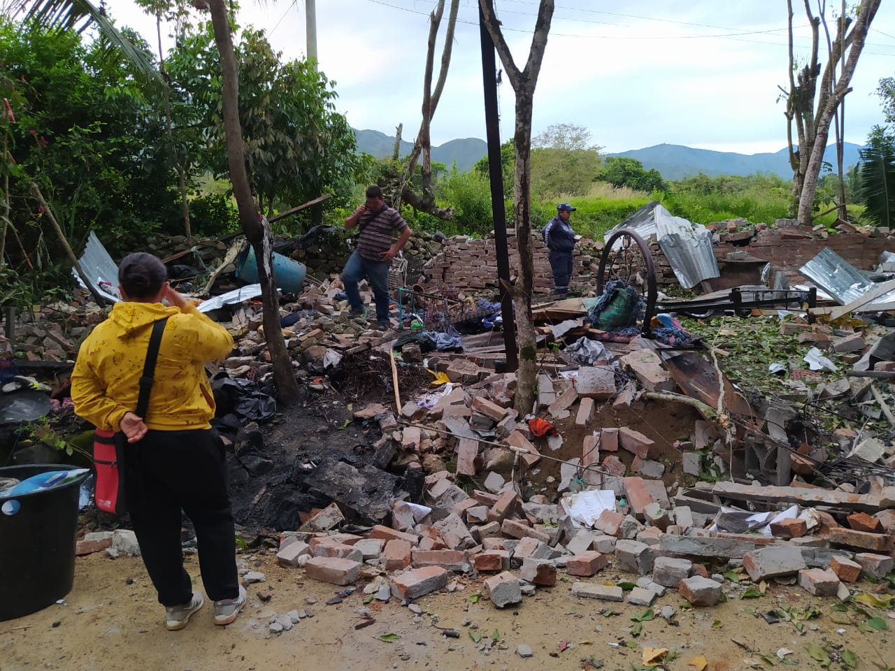 Explosión en Campoalegre; dos heridos graves