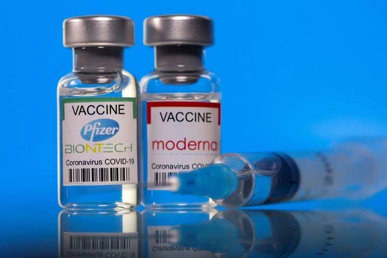 La mitad de los adultos de EE.UU ya están vacunados contra el covid