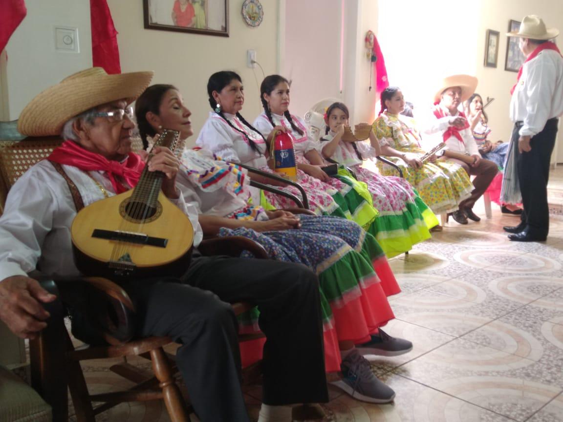 Un recorrido por las fiestas de San Pedro con don Ambrosio