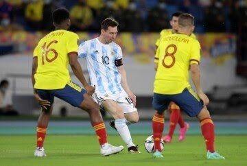 Colombia rescató el empate ante Argentina