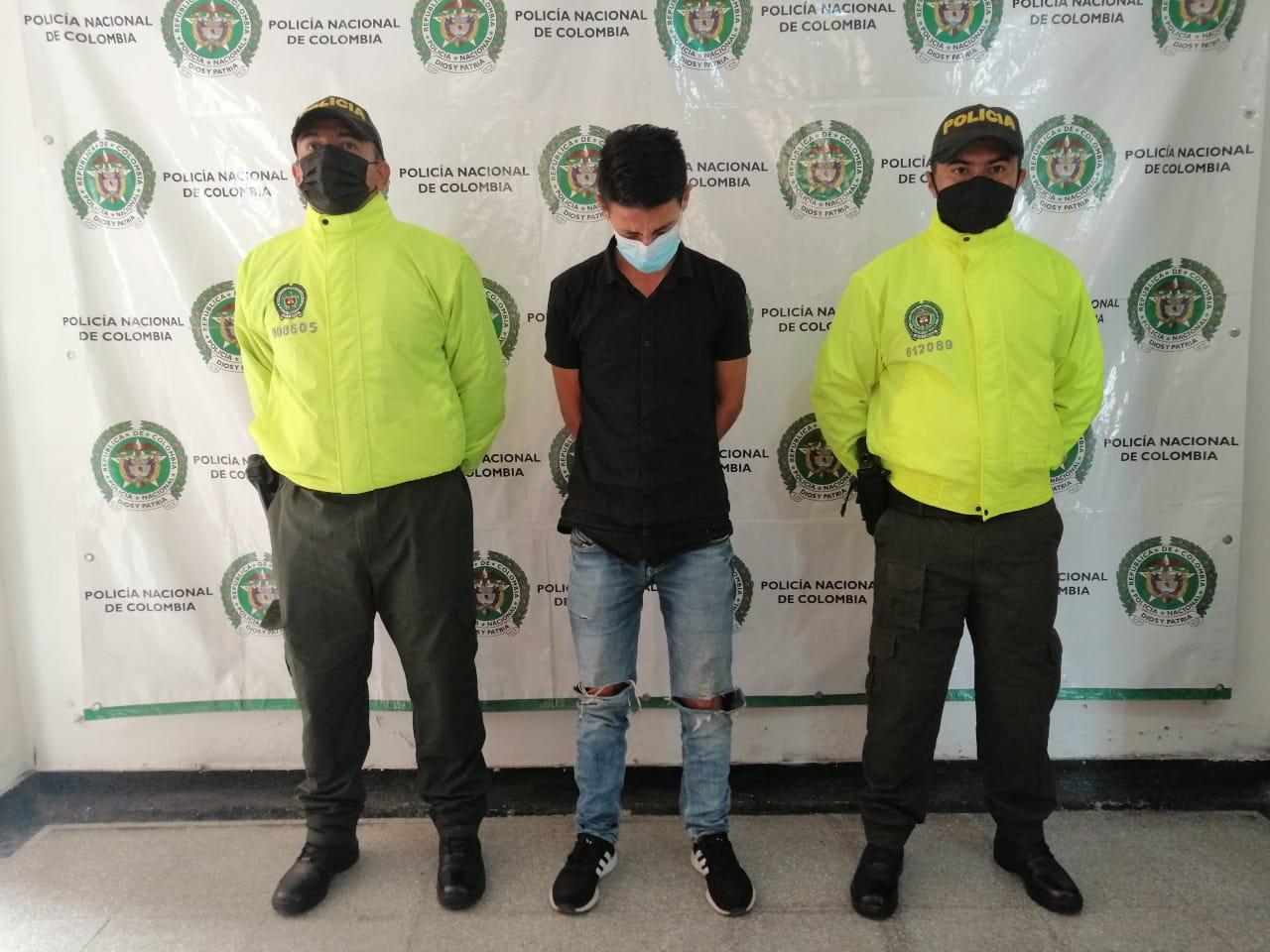 Identificado mediante fotos aparente ladrón de moto