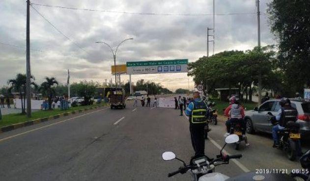 Reportan más de 52 vías bloqueadas por manifestaciones en el país