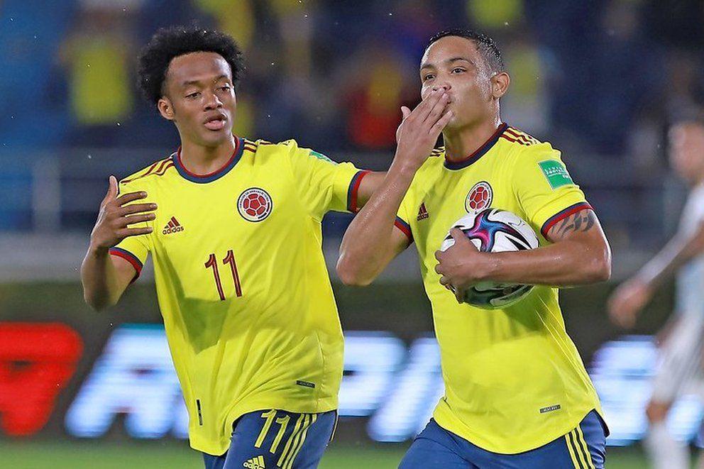 En Italia comparan a Luis Muriel con Ronaldo Nazario da Lima