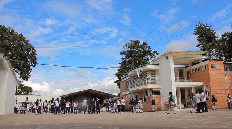 I.E. Municipal Nacional de Pitalito, novena mejor del país en pruebas Saber