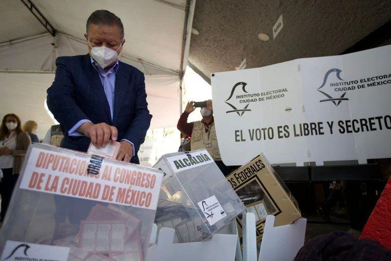 Se investigan más de 400 denuncias por hechos ocurridos en jornada electoral en México