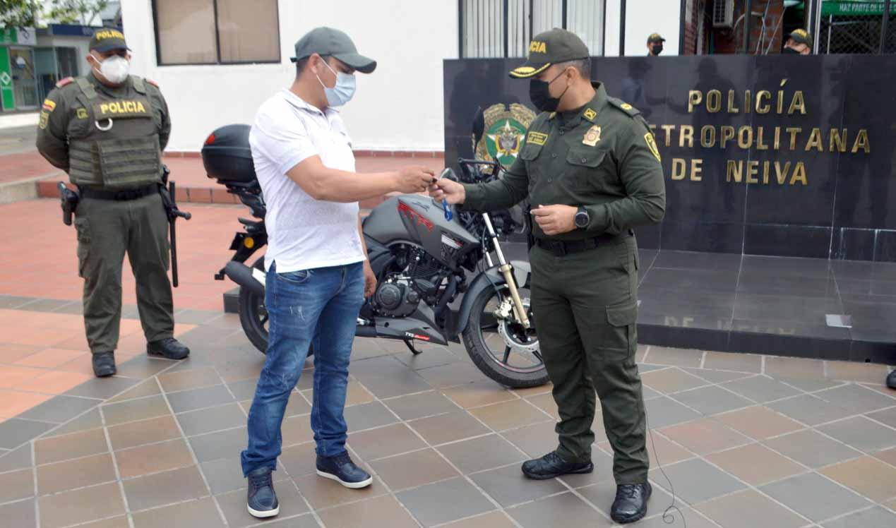 En fugaz acción, recuperada moto robada