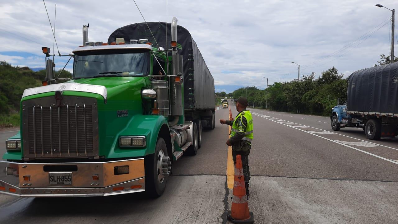 Tránsito por las carreteras del Huila: Sin bloqueos