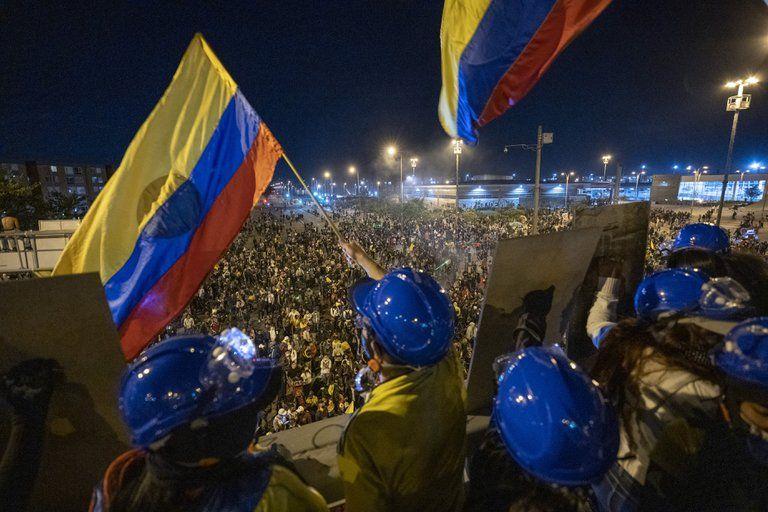 """""""Ya han llegado 50 jóvenes de otras ciudades"""": Policía de Bogotá"""