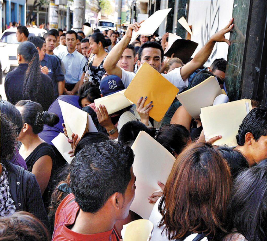 Desempleo en Colombia cayó 12.3 % en agosto