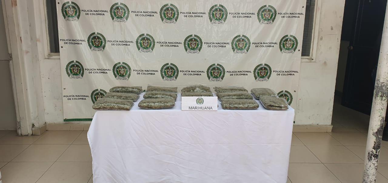 Transportaban 14 kilos de marihuana - Noticias de Colombia