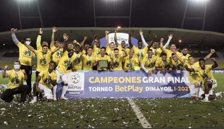 Atlético Huila celebró mesuradamente el título y piensa ahora en la Liga