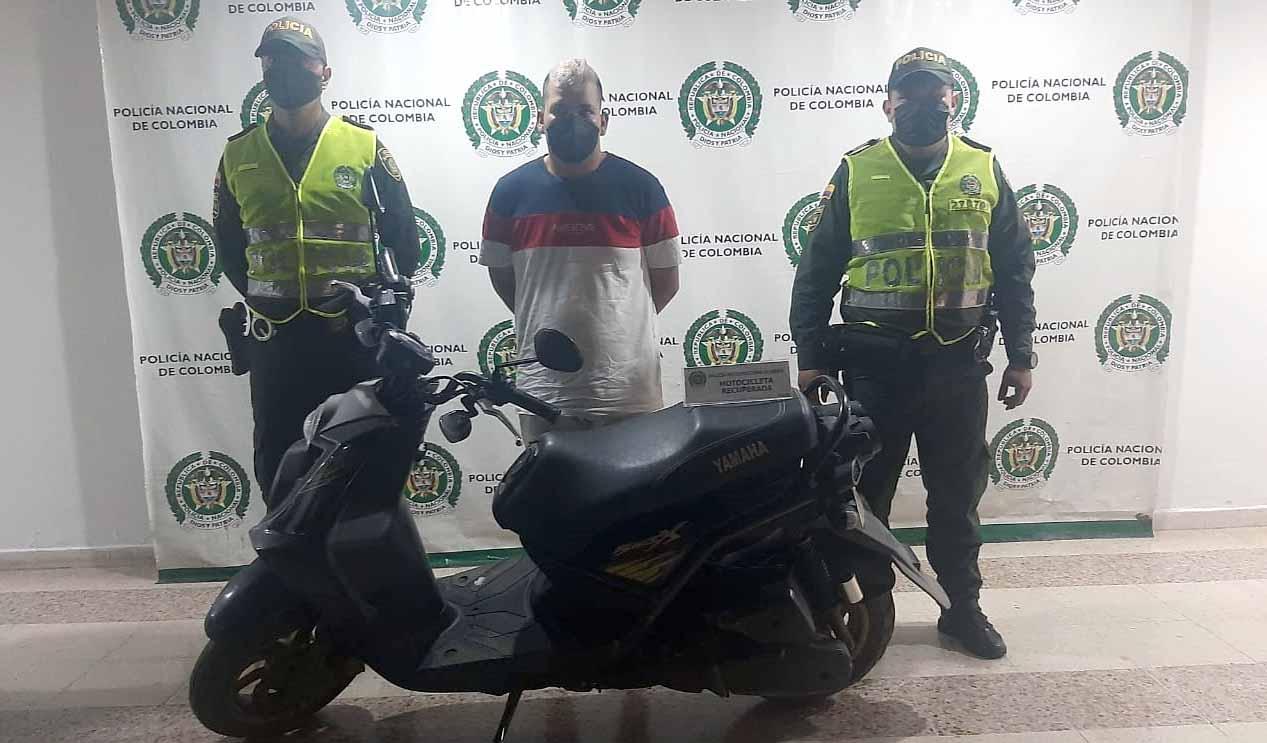 Andaba en una moto que, aparentemente, había robado