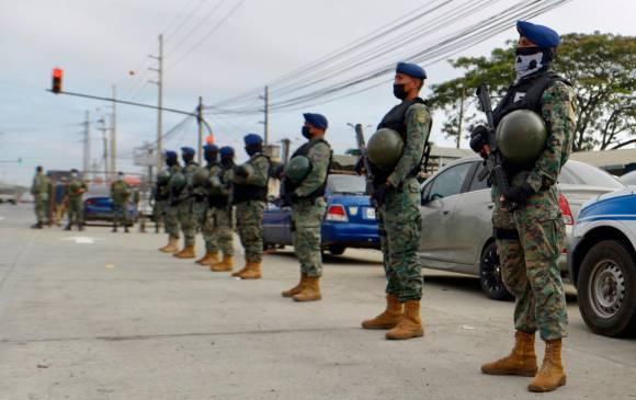 Investigan si hay colombianos entre los 118 muertos en cárcel de Ecuador