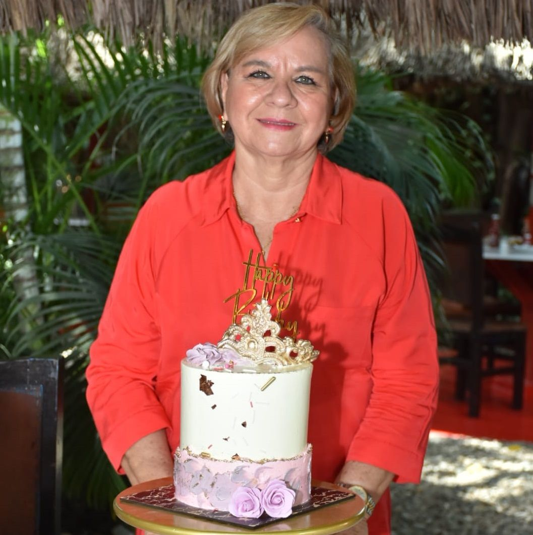 Feliz Cumpleaños Isabel Guarnizo