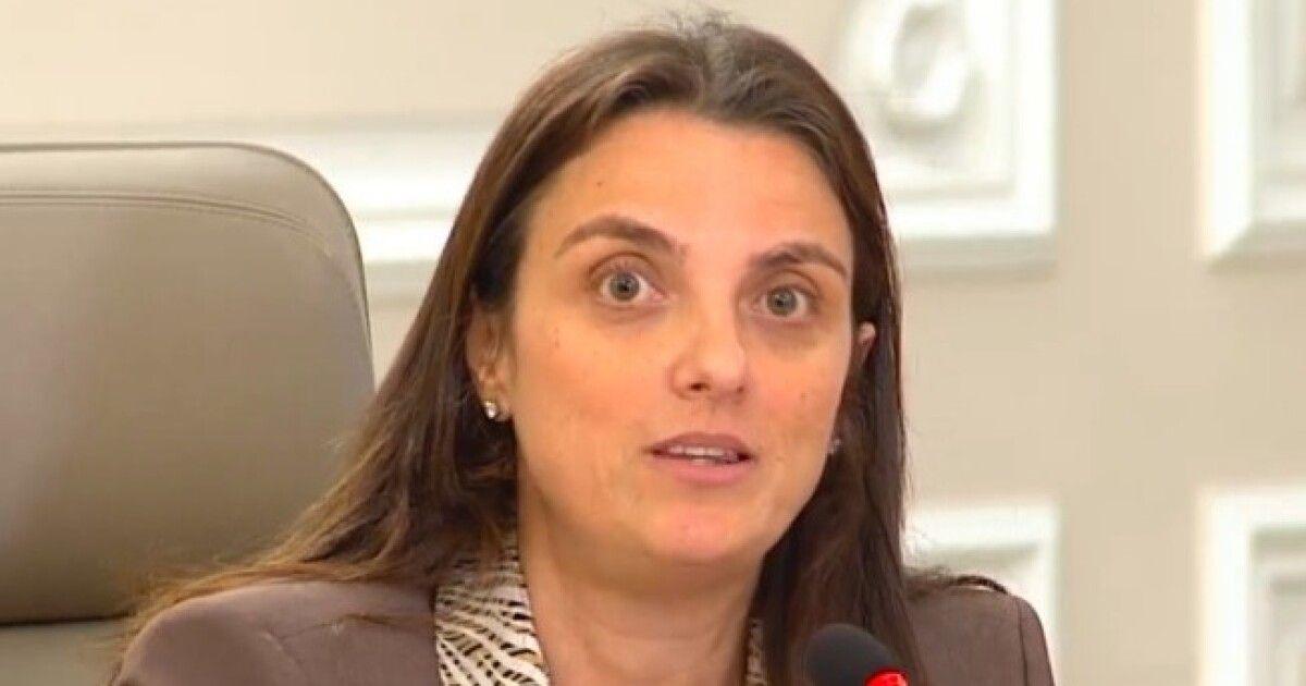 Debate de moción censura contra Ministra TIC será para el 3 de septiembre