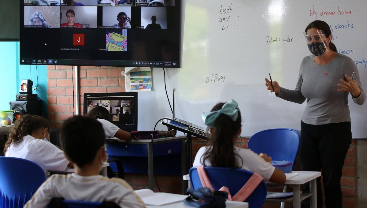 Instituciones Educativas del Huila deben regresar a la presencialidad