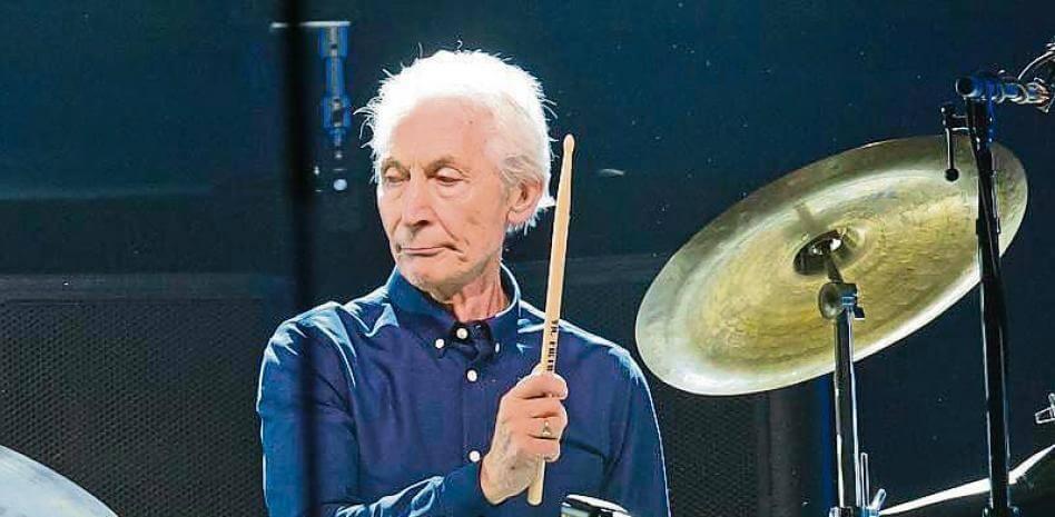 A los 80 años falleció Charlie Watts, el batería de los Rolling Stones
