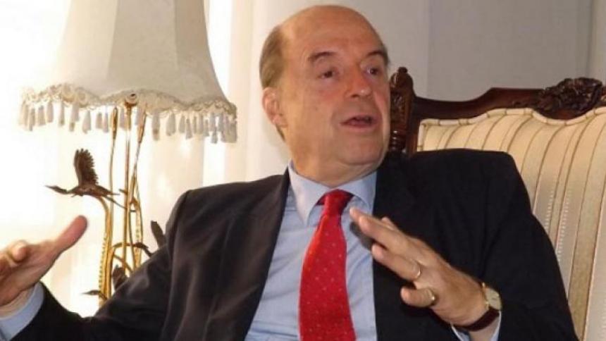 Encuentro entre Álvaro Uribe y Francisco de Roux fue calificado como una 'farsa'