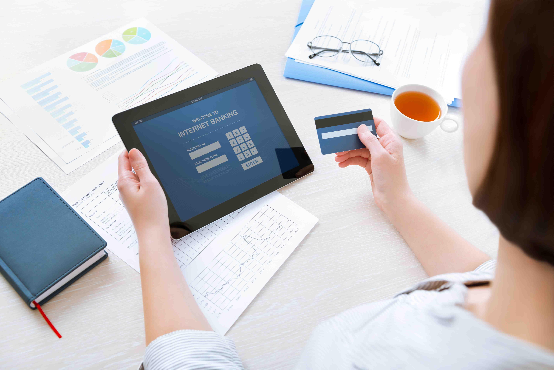 Canales digitales y oficinas por donde más se mueve el dinero