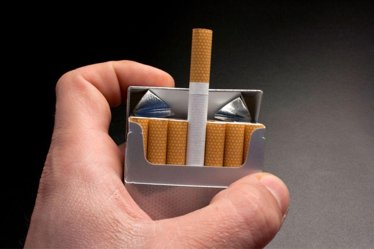 Uno de cada tres cigarrillos que se consume es de contrabando