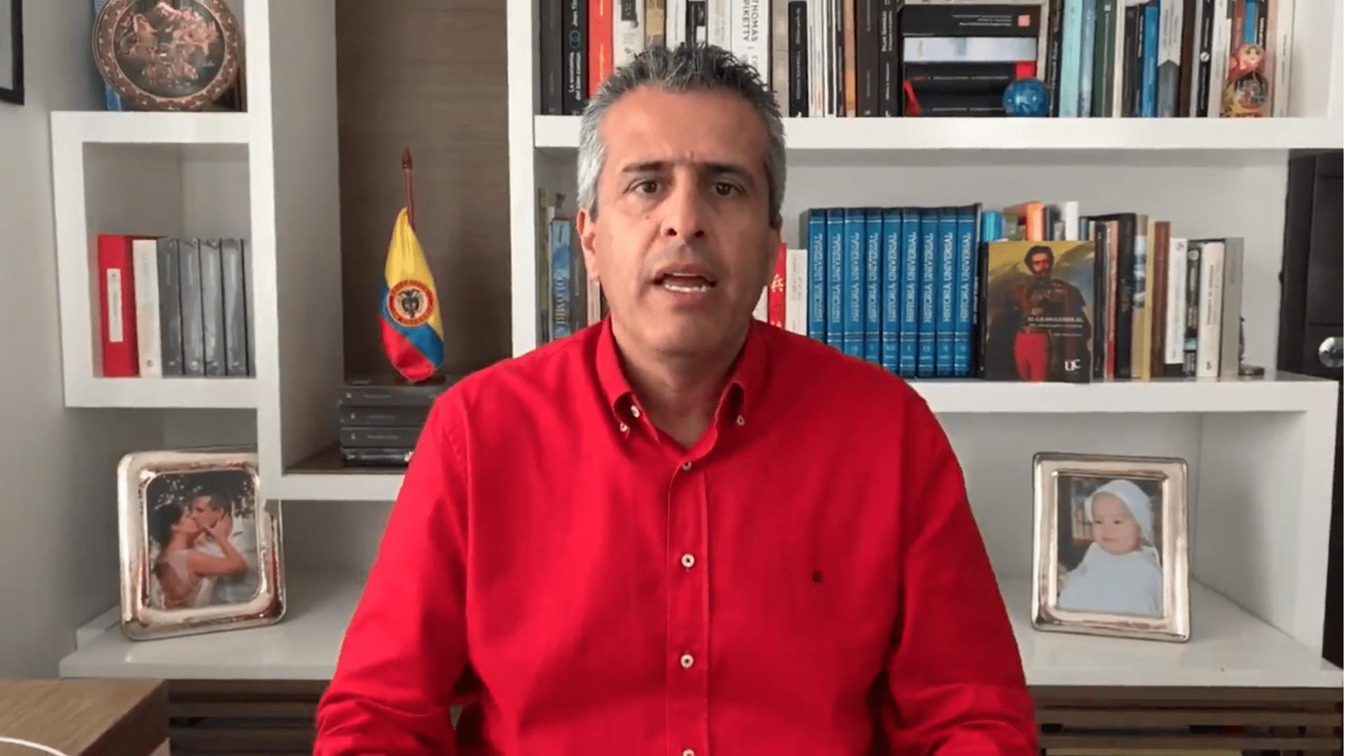 Luis Fernando Velasco oficializa precandidatura a la presidencia