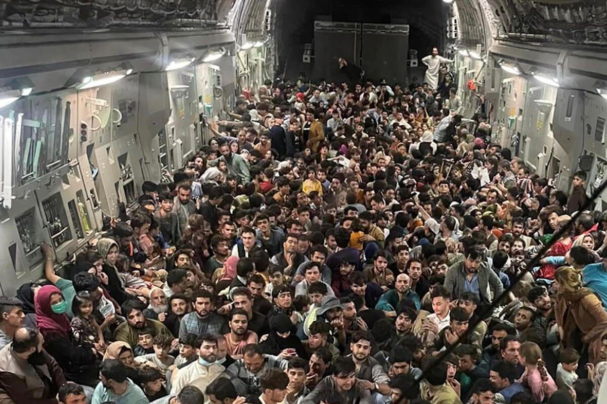 Aún no se sabe cuántos afganos van a llegar a Colombia