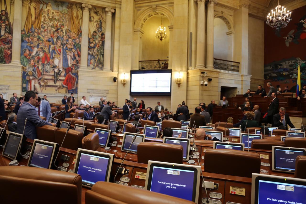 Retorno a la presencialidad total en sesiones piden congresistas