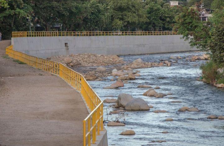 Avanza la canalización del río Las Ceibas