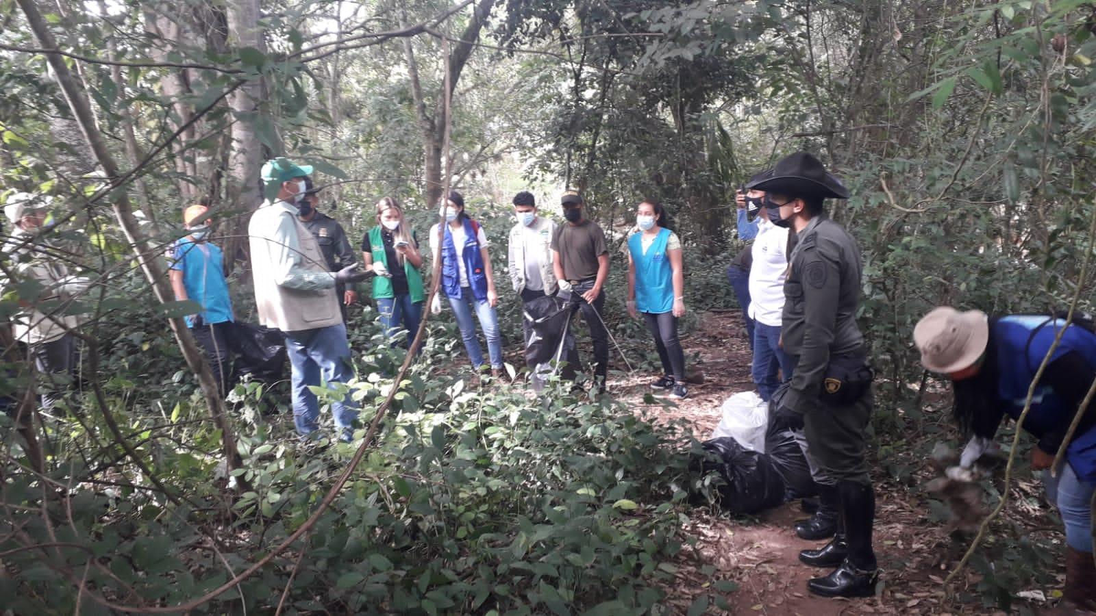 En Garzón se recogieron 900 kilos de basura y residuos sólidos