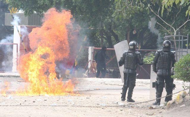 """La Usco han sido permisiva con los encapuchados"": Alcalde de Neiva"