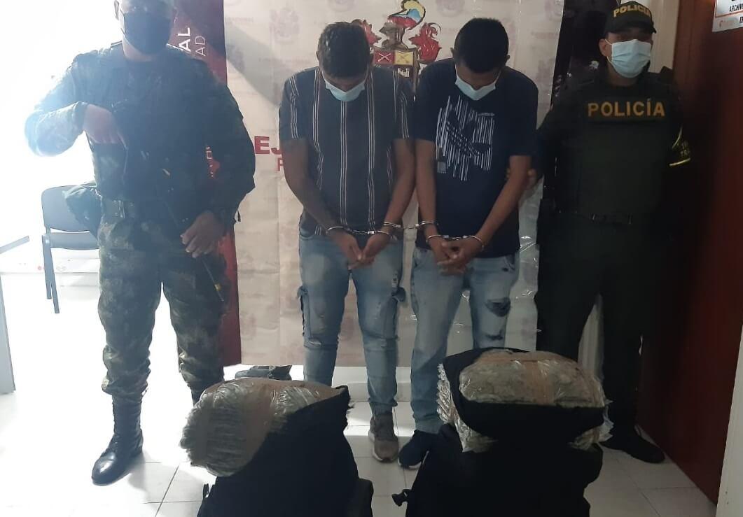 Cargados con 35 kilos de marihuana en Paicol