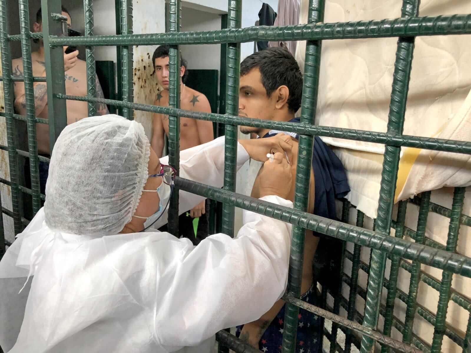 18 reclusos fueron vacunados contra el Covid-19 en Neiva