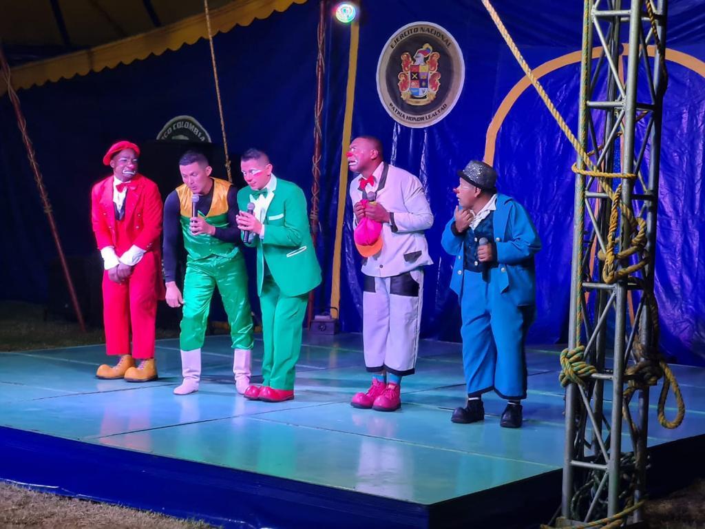 El Circo Colombia llegó Algeciras-Huila