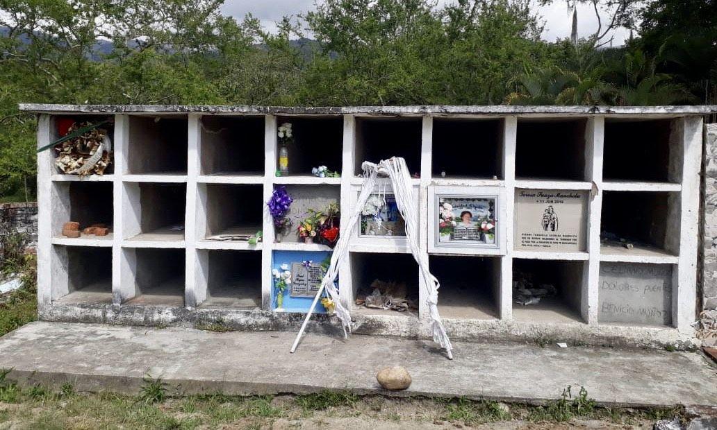 Algeciras se está quedando sin bóvedas en el cementerio
