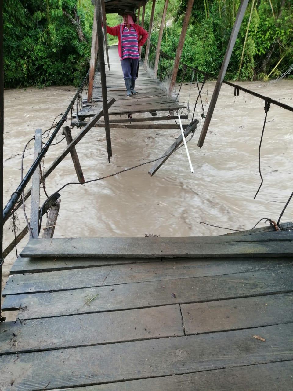 Nueva creciente súbita del río Suaza mantiene en alerta el sur del Huila