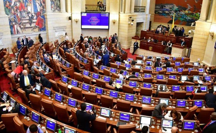 Casi por consenso Congreso de la República aprueba reforma tributaria