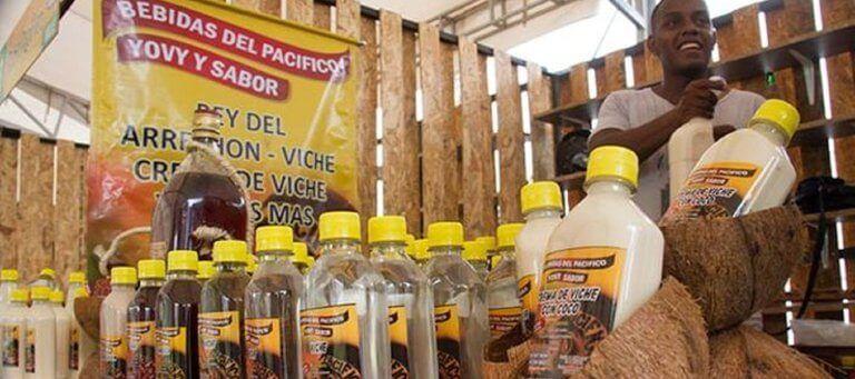 """Bebida tradicional del pacífico colombiano, """"Viche"""" será Patrimonio de comunidades afro"""