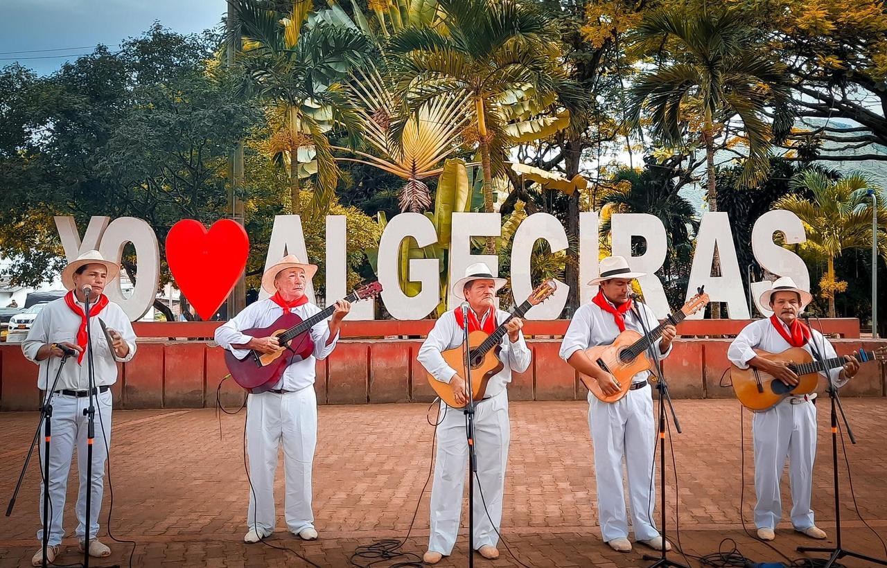 Radio Nacional de Colombia abre la convocatoria para el II Festival de Músicas Campesinas