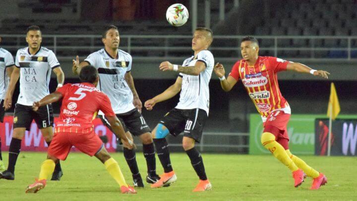 Pereira consiguió una victoria clave en su visita a Águilas Doradas