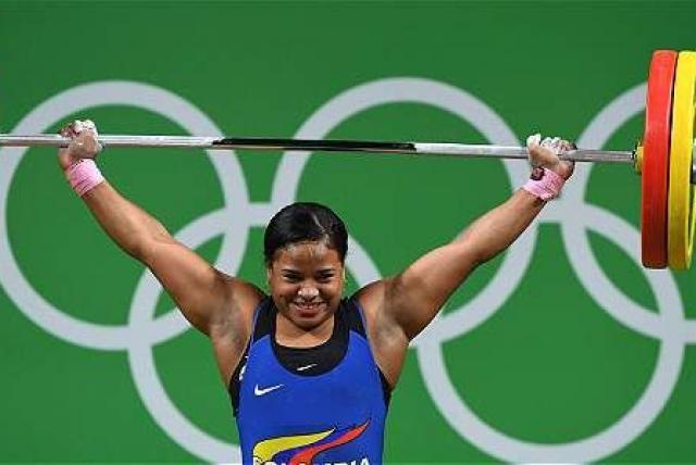 La pesista Mercedes Perez, consiguió diploma olímpico