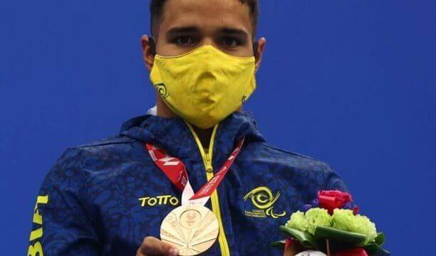 ¡Oro para Serrano! El santandereano hace historia en los Paralímpicos